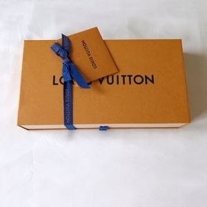 Authentic Louis Vuitton Gift Box for large wallet